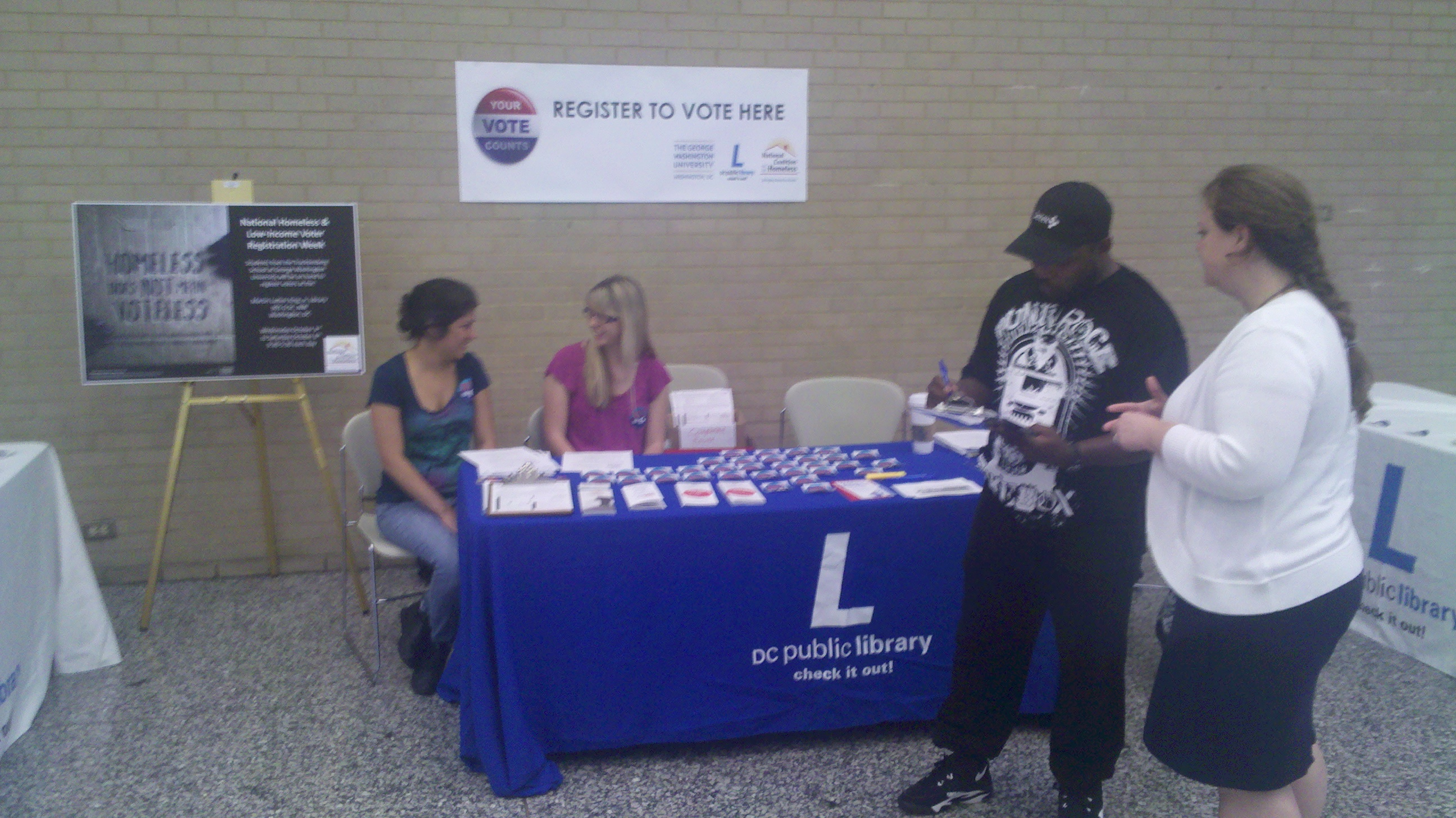 Volunteers register voters in Washington, DC